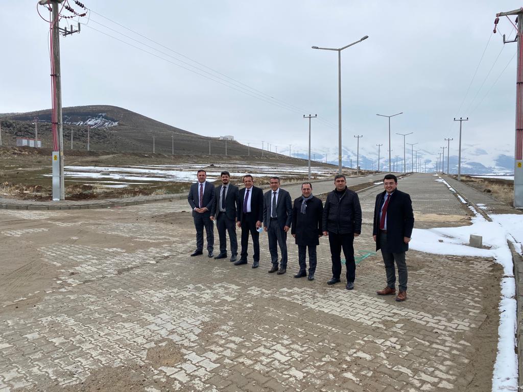 Van OSB yönetimi ile Erciş OSB yönetimi, Erciş TSO'da bir araya geldi.